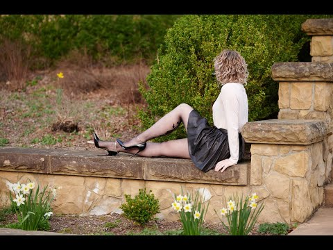 Natori Nylons and Outfit Review