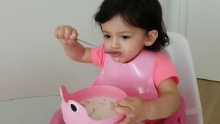 Video for Babies to Eat, Eat With Me, Baby Eating Breakfast (Milk&Cereals)