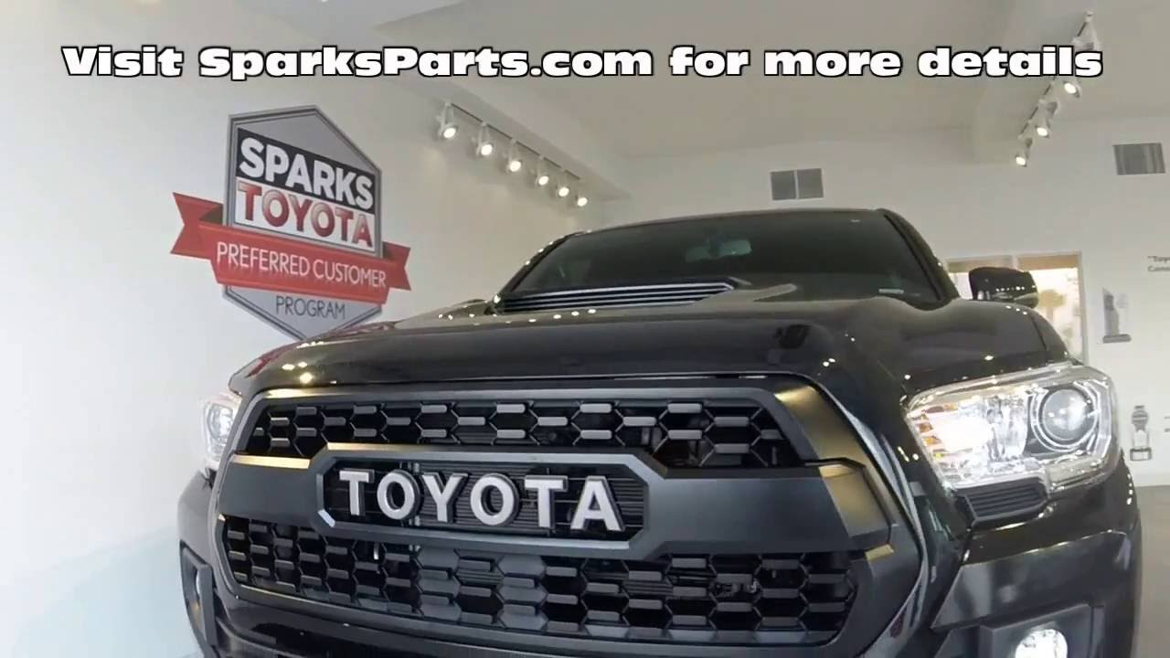 2016 tacoma trd pro grille install 1110 on go drama. Black Bedroom Furniture Sets. Home Design Ideas