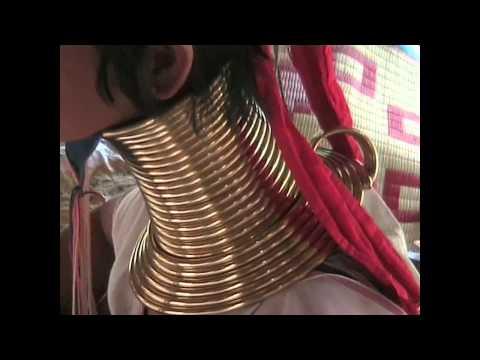 Frauen mit Halsringen in Pattaya.mp4