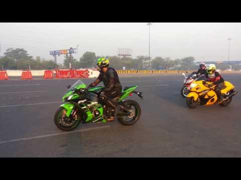 Hayabusa VS kawasaki ninja Superbikes race in Delhi 2018