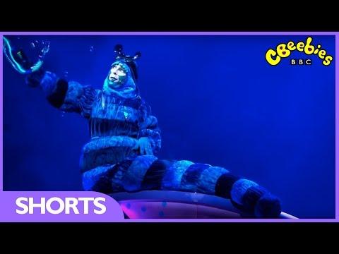 CBeebies: Alice in Wonderland - Bubbles!