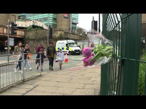 AFP: Manchester:forte présence policière une semaine après l'attentat
