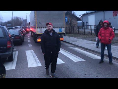 Почему вы так долго стоите на границе в Кузнице?