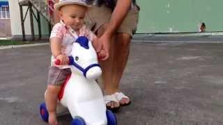 Ковбой на лошади /// Cowboy riding a horse