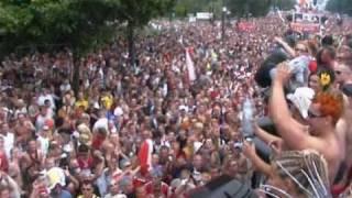 Ekwador Manieczki Wyjazd Na Love Parade 2002