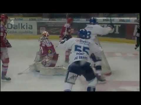 HC Vítkovice Steel - HC Oceláři Třinec 5:4 po sam. nájezdech, 4. finále play off 2011