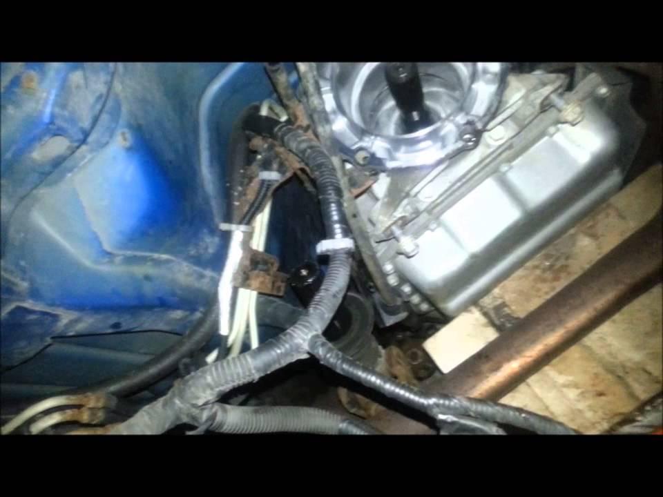 Silverado k1500 Transfer case replacement -JoeTheAutoGuy - YouTube