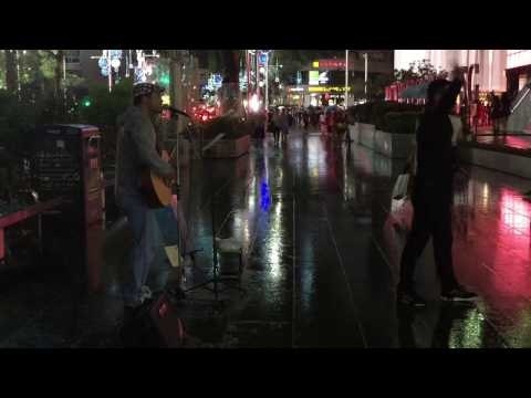 Last Christmas by Wham! (Busking in the Rain @ Mandarin Gallery)