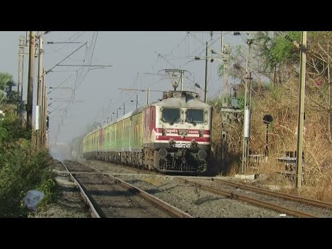 Ghostly !! Amul Boy in Ferocious Mood with New Delhi - Mumbai Duronto Express : INDIAN RAILWAYS