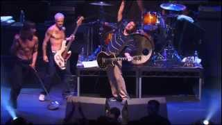 Red Hot Chili Peppers - It's a Long Way Back (Ramones) [Live, Hollywood - USA, 2004]