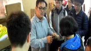 Publication Date: 2014-02-12 | Video Title: 樂善堂顧超文中學訪問花炮師父冒卓祺先生 (1)