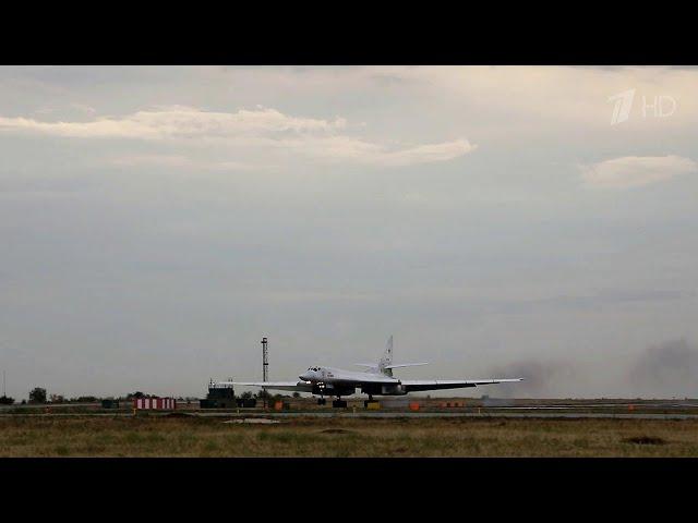 Два стратегических ракетоносца Ту-160 пролетели над нейтральными водами Балтийского моря.