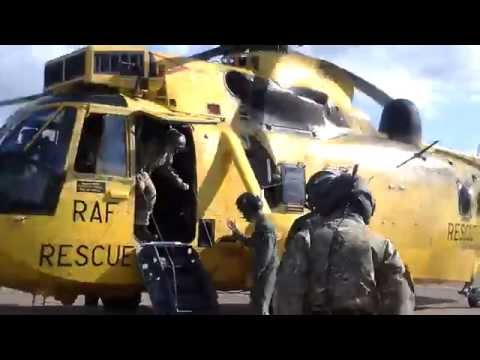 Flight in a Westland SeaKing - RAF Boulmer