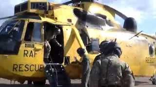 Flight in a Westland SeaKing - RAF Boulmer
