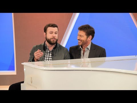 Taram Killam Impersonates Brad Pitt
