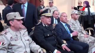 محافظ السويس وقيادات من الجيش يفتتحون كنيسة العذراء بعد تجديدها