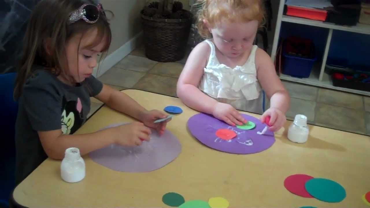 Preschool activities art class brentwood ca child day for Craft classes long island