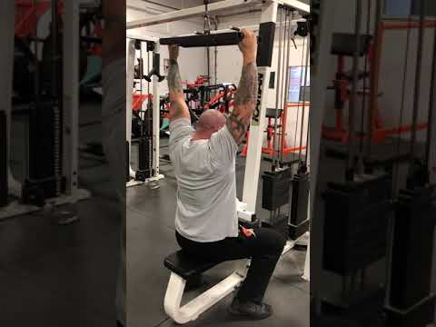 Swiss bar lat pull downs