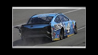 Breaking down that collision between Kevin Harvick and Kyle Larson (VIDEO)