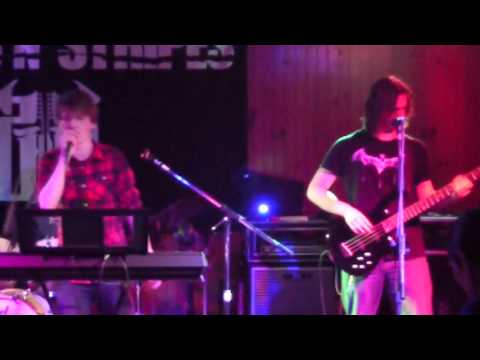 Youthoria covering Bark at the Moon live at Buffalos 1/29/16
