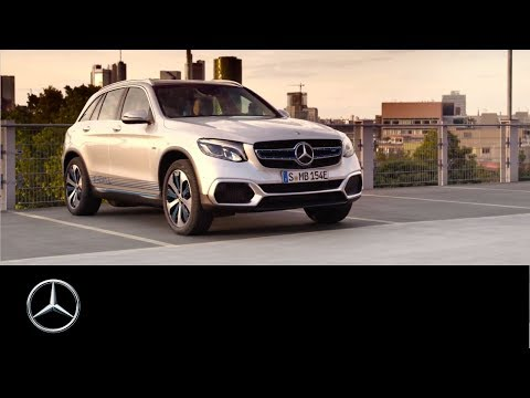 GLC F-CELL goes into preproduction: Electric vehicle with fuel cell and battery
