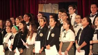 Ο Αντώνης Ρέμος στο σχολείο Αγίου Δημητρίου Αστόρια