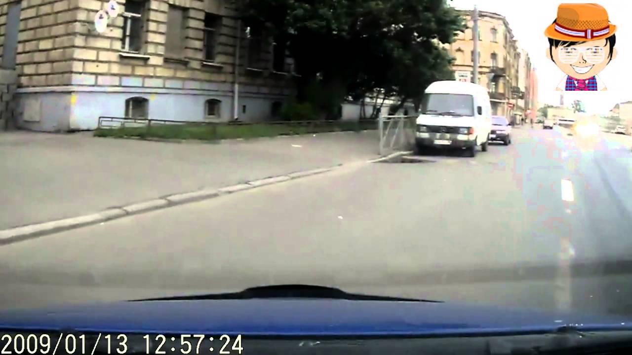 Пьяный водитель `Соболя` вытолкнул автора на встречку   ДТП в Санкт Петербурге 1 2015