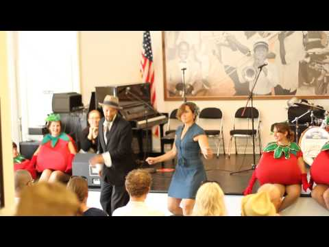 Laura Manning & Chance Bushman Performing Tranky Do at The Creole Tomato Cabaret 2014