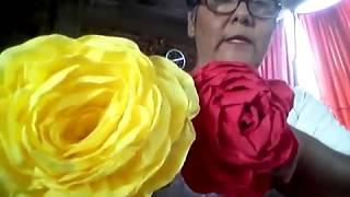 Rosas de papel crepe, muy fácil de elaborar.