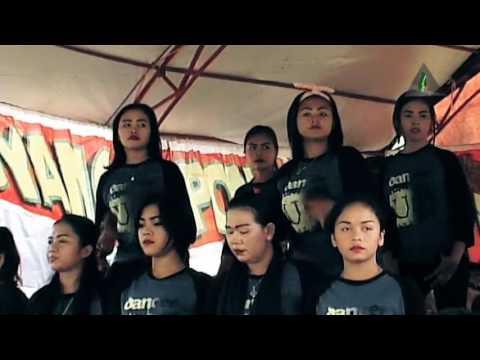 Alim Bobogohan Deui - Jaipongan Subang Uding Gezos