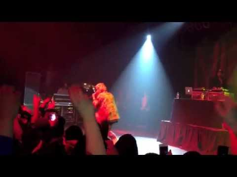 AB-SOUL- PASS THE BLUNT (LIVE)