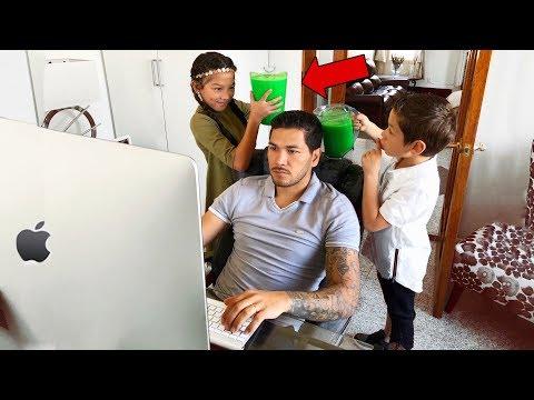 SLIME PRANK IN MY DAD'S OFFICE!! | Familia Diamond
