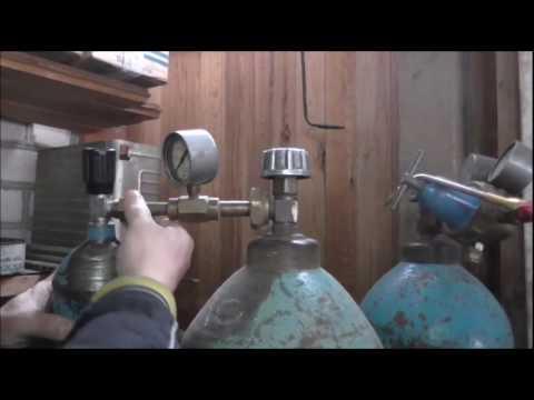 Кислород газообразный медицинский гост 5583-78 поставляется: в стальных баллонах под давлением 15 мпа. Кислородные баллоны окрашены в.