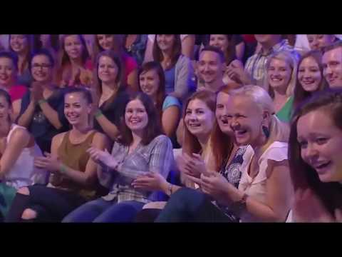 Неуклюжее выступление на шоу талантов , которое заставит вас  смеяться
