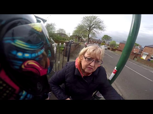 Rare example of anti road rage as biker has near miss with motorist
