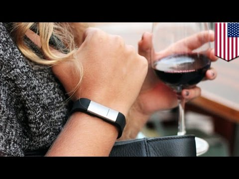 Alcohol wristband: Alcohol-sensing wearable lets you know how wasted you are – TomoNews