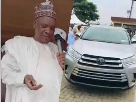 Download Sheikh Sulaimon Faruq Onikijipa presents a brand New Toyota Highlander 2020 to Mudir Markaz