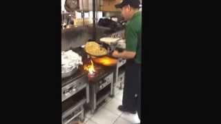 Cocinando en la Chimenea saukville                   Con  Compa Morro Abram y piggy dirty