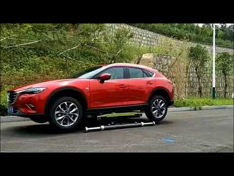 Asian Mobile Car Lift in use