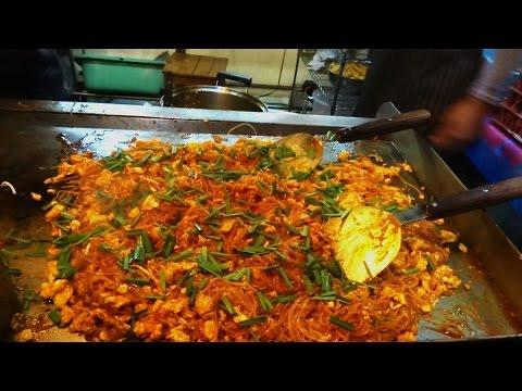Big Pad Thai, Street Food in Thailand, Phuket Street Food, ผัดไทย, Thai cuisine