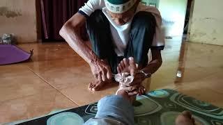 Cedera pergelangan kaki atau engkel bisa terjadi sangat tak terduga dan menjadi tantangan yang luar .