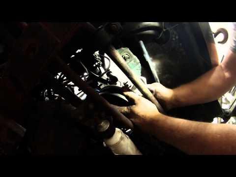 1985 Jeep 258 ci front crankshaft seal replace
