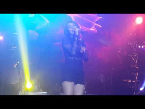 Bunga Citra Lestari - Wanita Terbahagia At Liquid Cafe Jogja 12 Juni 2015