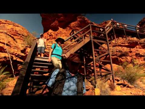 Hiking Kings Canyon, Australia