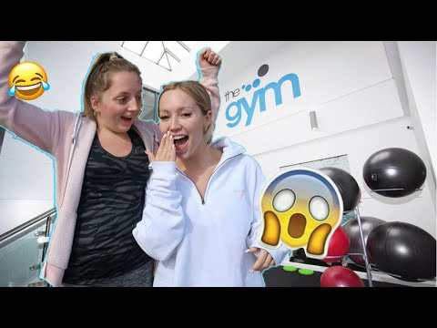 TAKING MY LITTLE SISTER TO THE GYM FOR THE FIRST TIME!