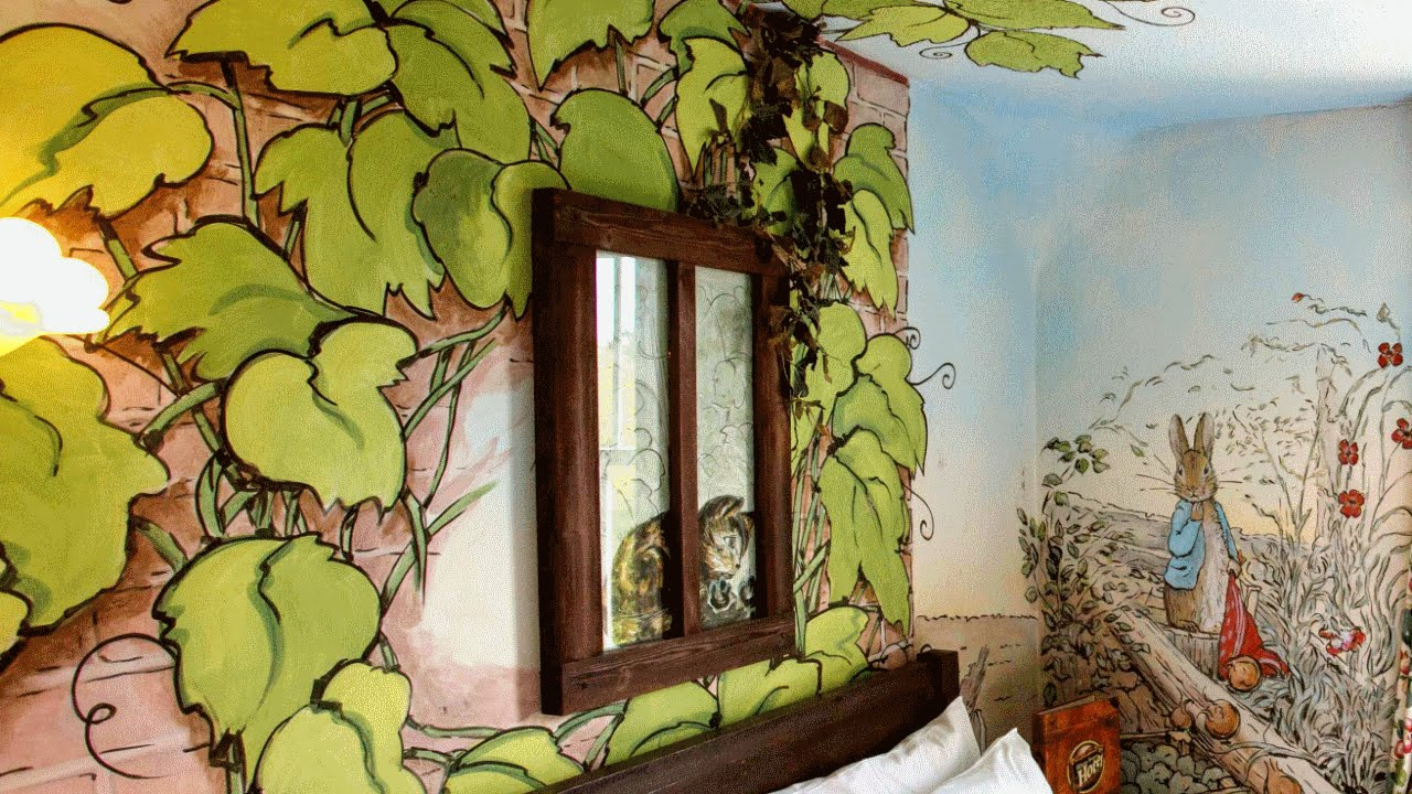 28 creative wall mural ideas awesome photowall youtube for Creative mural designs
