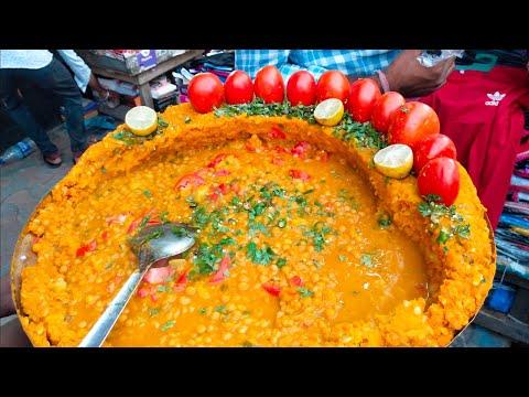 Famous Ghugni Chaat of Kolkata   Yellow Peas Curry   Indian Street Food