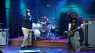 Deftones Back To School (Live, Conan)