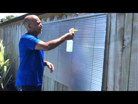 THE EASIEST WAY TO CLEAN BLINDS